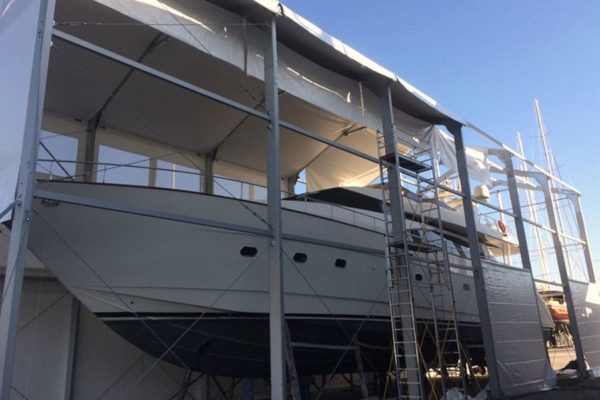 hangar per bacini navali